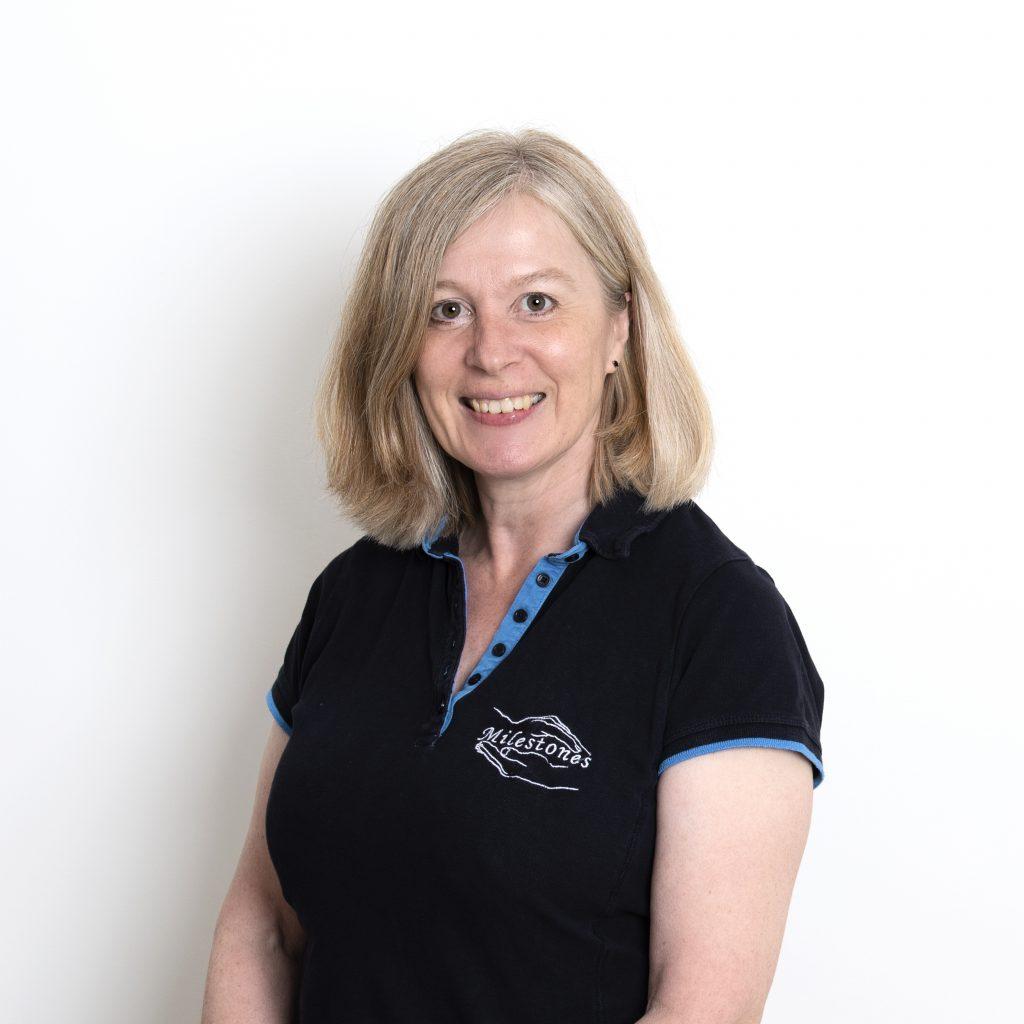 Sally de la Fontaine – Consultant Physiotherapist